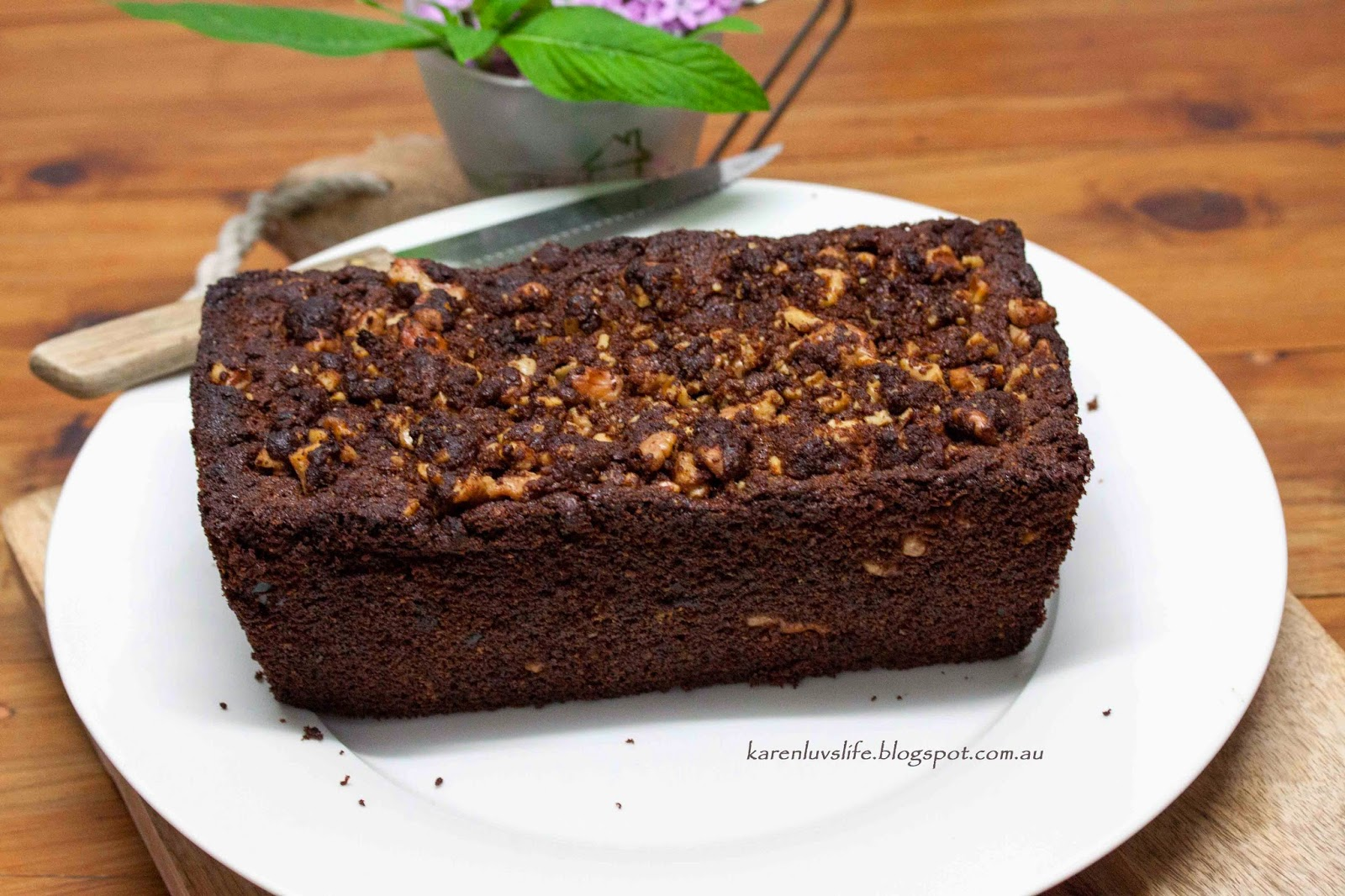 Banana Date and Walnut Cake - Grain free, Gluten free. - KARENLUVSLIFE