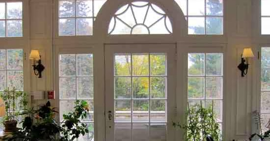 ... : Ask Melissa: How To Dress an Eybrow Window or Half Circle Window