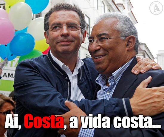 Foto de António José Seguro a abraçar António Costa – Ai, Costa, a vida costa!