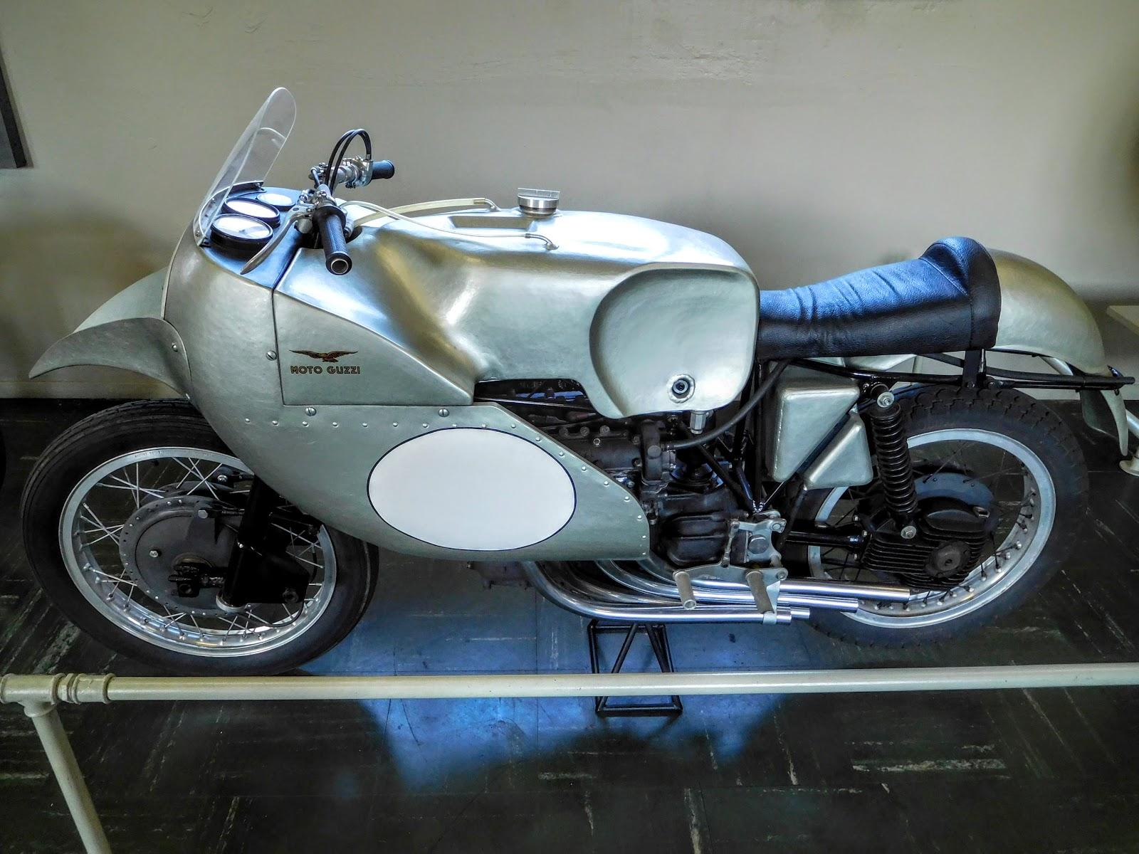 Tigho NYDucati: 1955 Moto Guzzi 250 Monocilindrica