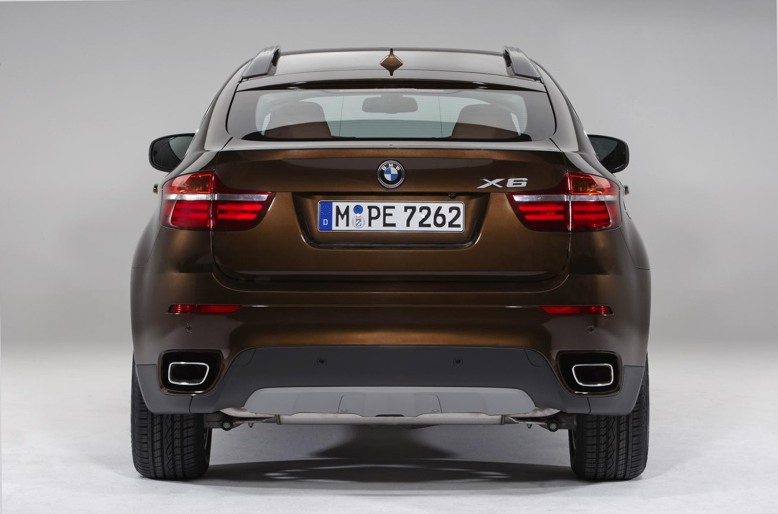 The bmw x6 is a mid sized luxury crossover released for sale in the late 2008 for the 2009 model year by german automaker bmw