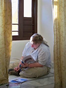 INDIA 2011: DWC Participant writing and reflecting on the day