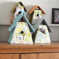 http://www.pillarboxblue.com/homemade-fabric-birdhouses/