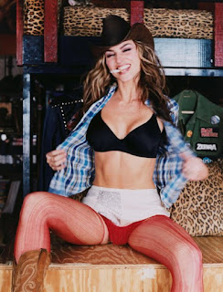 Drea De Matteo Smoking