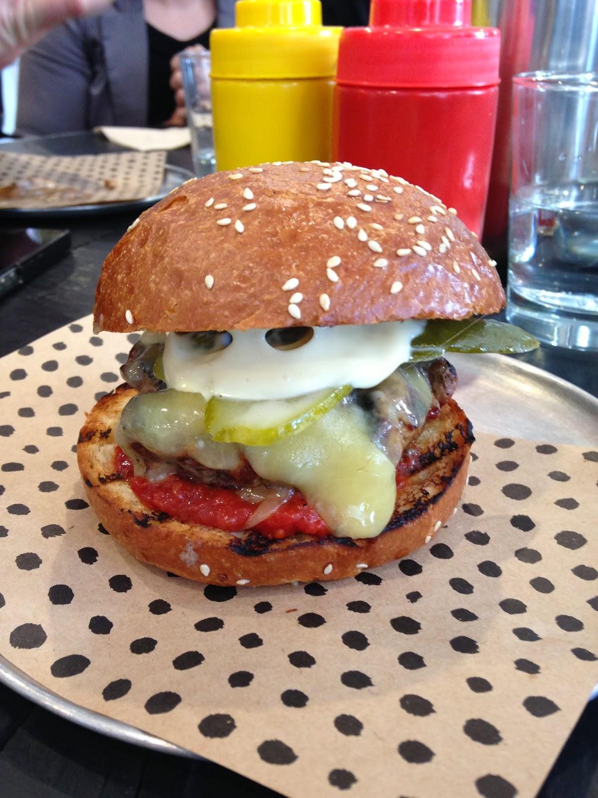 London Hotel Paddington Chur Burger