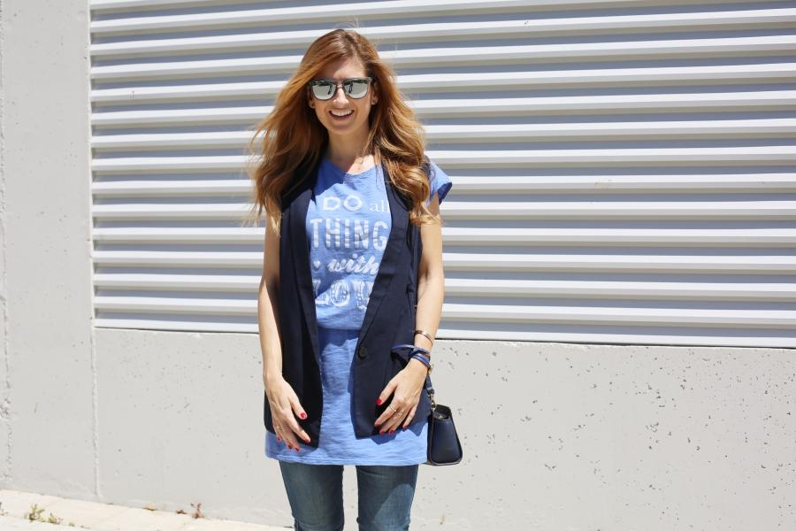 T-shirt + vest