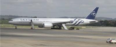 """bongiornolink - Terrorismo, aereo Air France con bomba nascosta in bagno """"Ma era finta"""". Cinque passeggeri arrestati"""