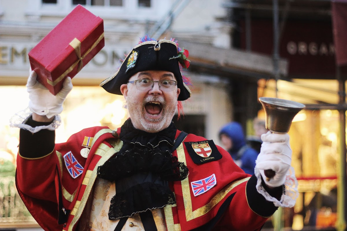 Christmas in Newbury, town crier