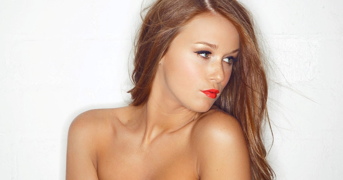 The Mirror: Leanna Decker ; Lady in Red