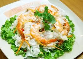 Salad đầy đủ chất dinh dưỡng cho gia đình