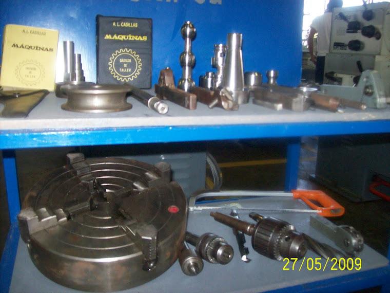 accesorios, herramientas y piezas