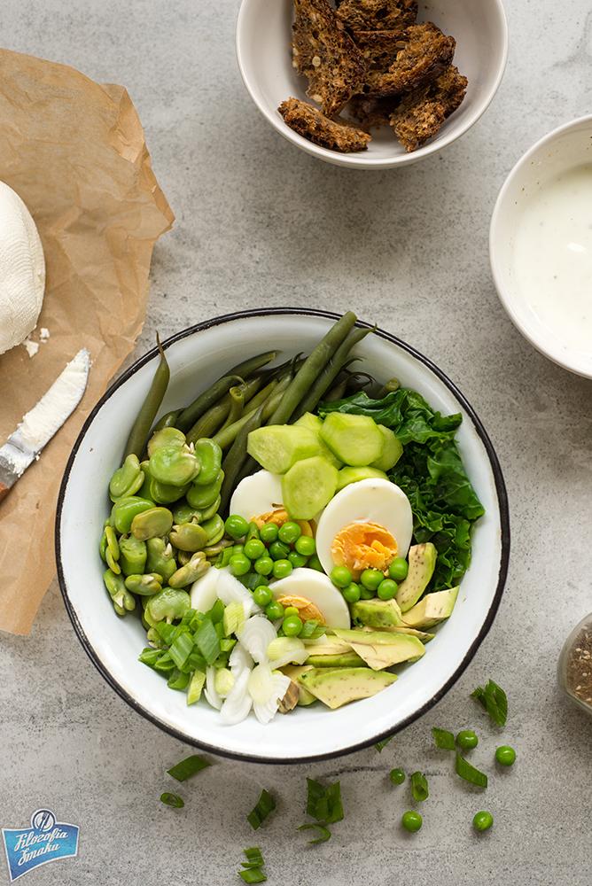 Zielona sałatka z jajkiem