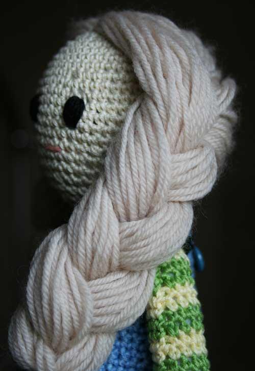 Capelli bambola amigurumi con trecce