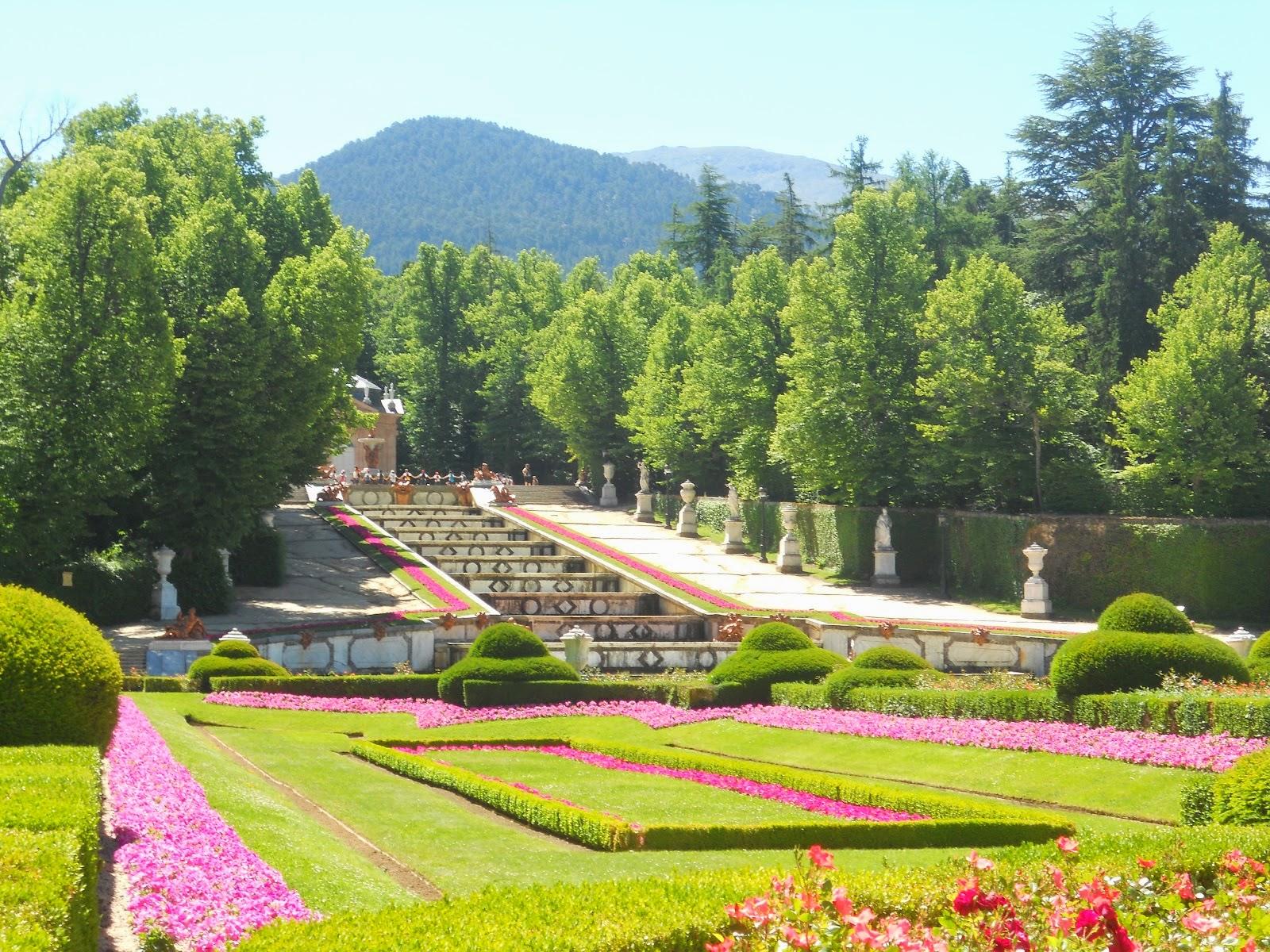Espa a medieval y ciudades con historia la granja for Jardines la granja