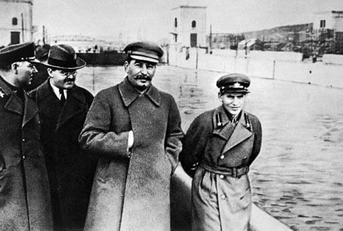 essay on stalins purges