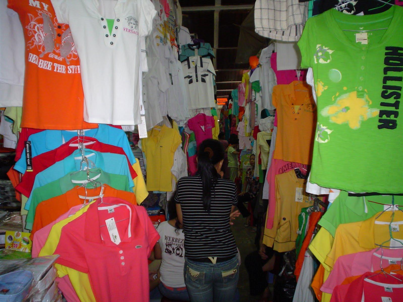 Street markets in Vietnam