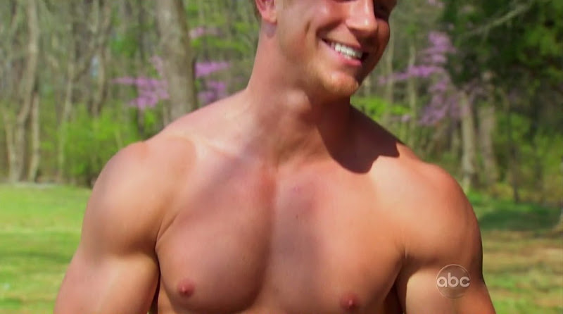 Sean Lowe Shirtless in The Bachelorette s8e03
