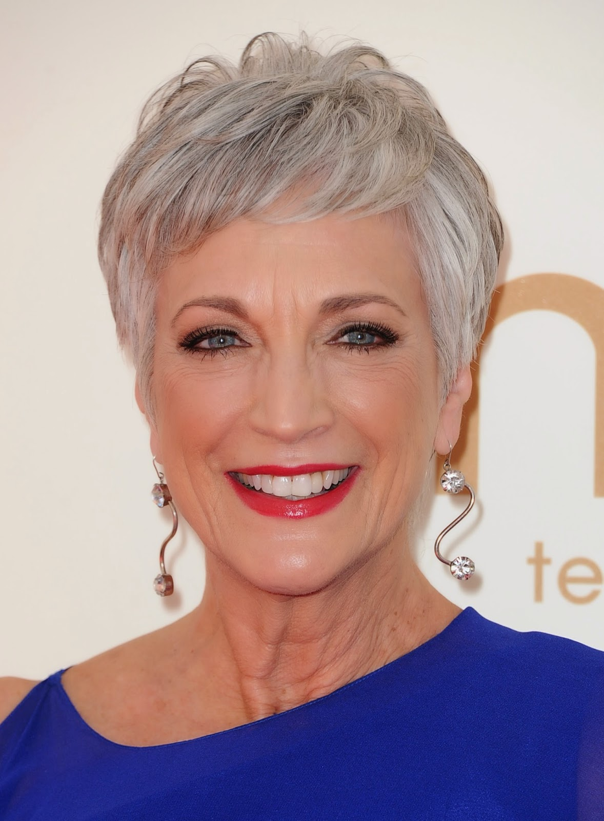 Gray Hair Short Pixie Haircuts for Women over 60s