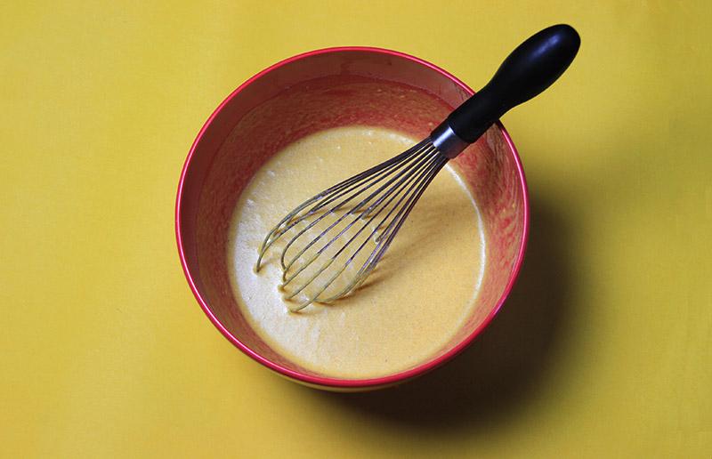Uma receita fácil e saudável: panquecas com cúrcuma!
