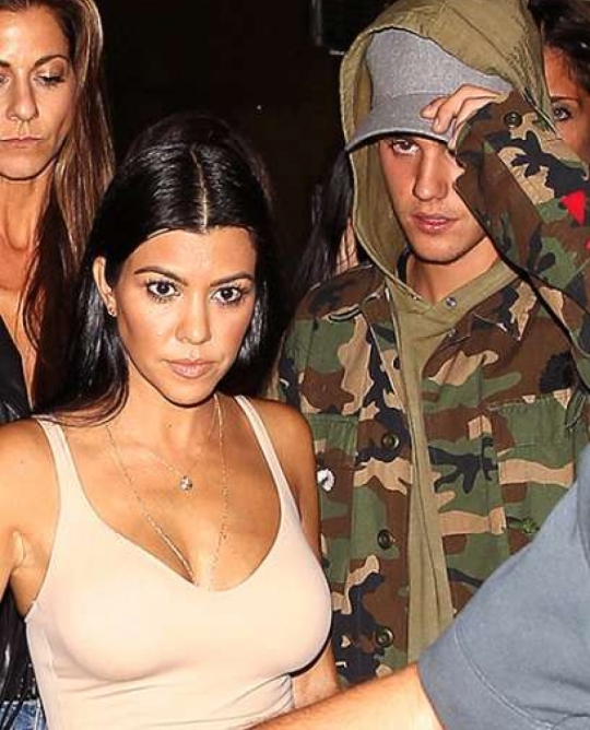 Revealed Justin Bieber Pop star has been secretly dating Kourtney Kardashian for four months