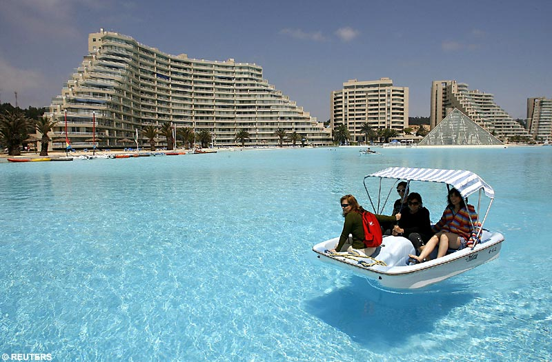 amazing swimming pools ORTHLIEB-WORLD-BIGGEST-SWIMMING-POOL-1