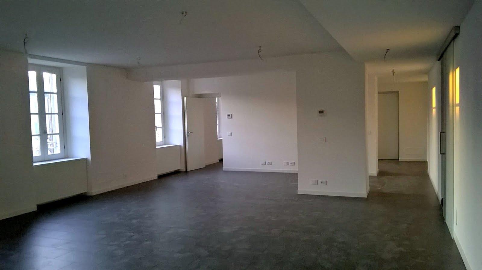 Ufficio affitto bergamo centro via papa giovanni 5 for Appartamenti in affitto bergamo