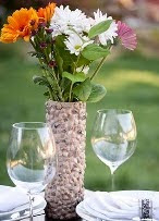 http://www.aprenderahacer.com/florero-con-envases-de-pringles/