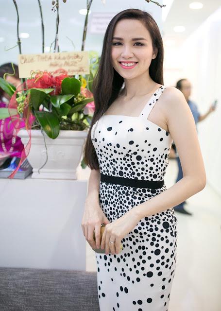 Diễm Hương chia sẻ, sau những sóng gió, cuộc sống hiện tại của cô rất hạnh phúc.
