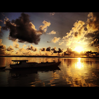 sunset in maratua, spectacular sunset, adventure in maratua