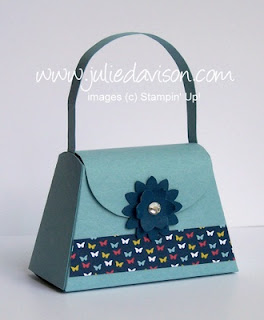 http://juliedavison.blogspot.com/2012/07/perfectly-simple-petite-purse-box.html