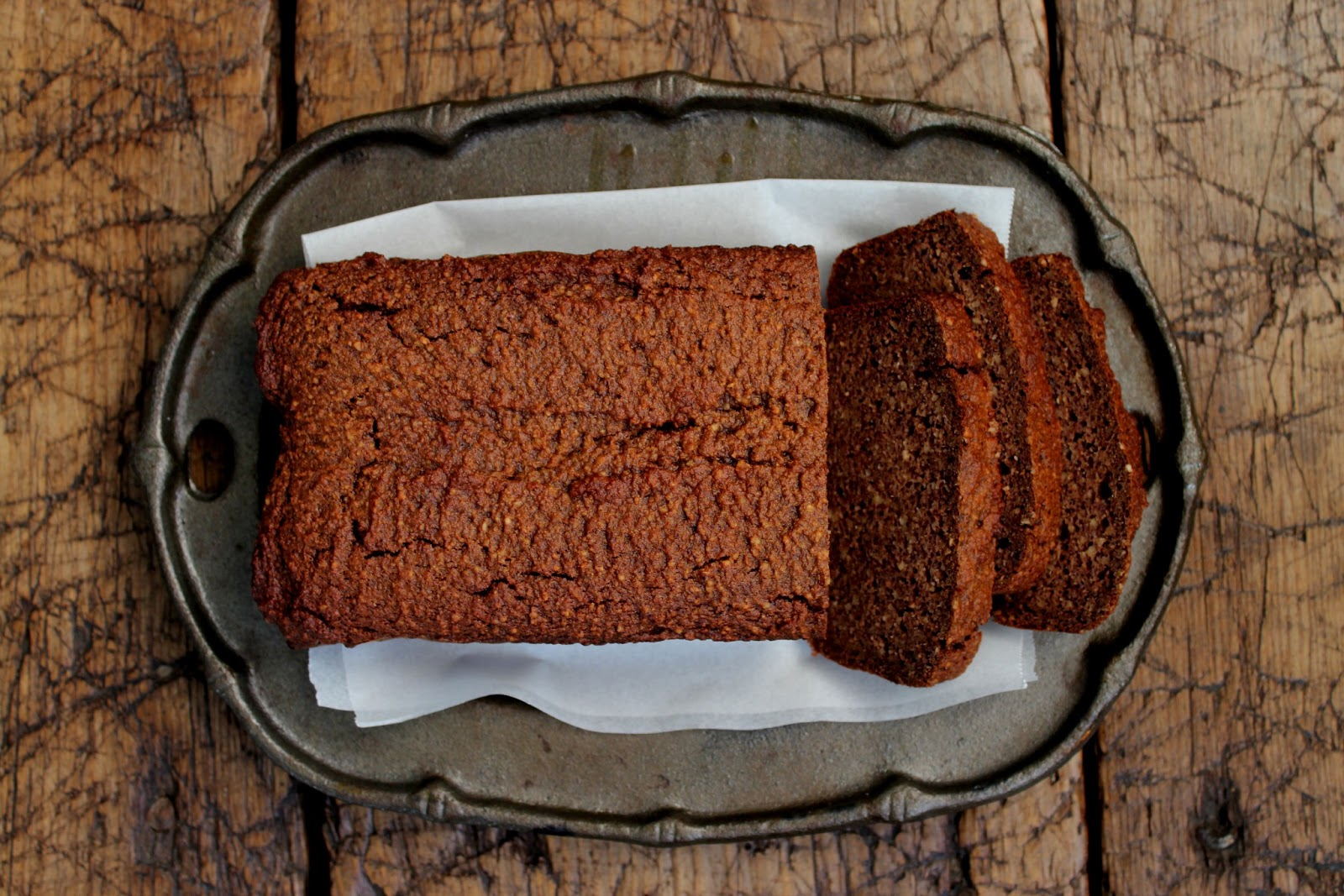 petite kitchen: old fashioned gingerbread loaf