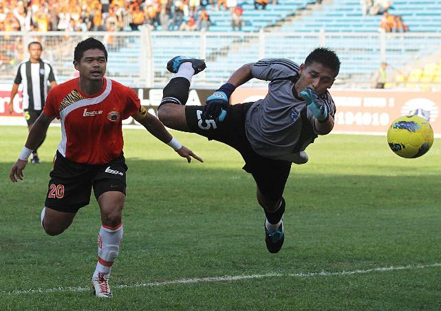 Prediksi Skor Mitra Kukar vs Persija ISL 16 Juni 2012