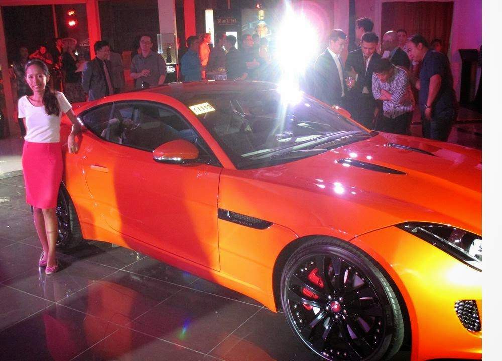 ... Jaguaru0027s F Type Available In Two Body Styles : Coupe (2 Door) And  Convertible(2 Door With Removable Top) In The Philippine Market.