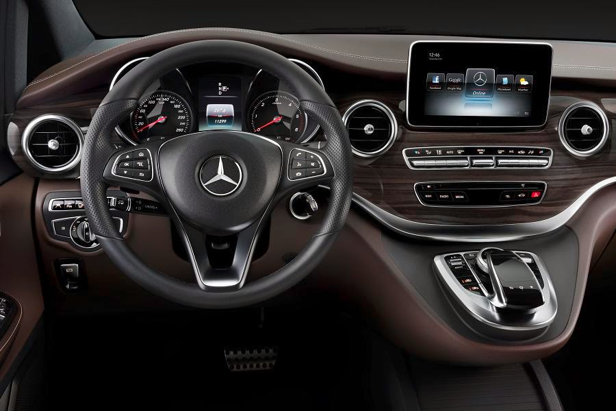 Mercedes-Benz V-Class (2014) Dashboard