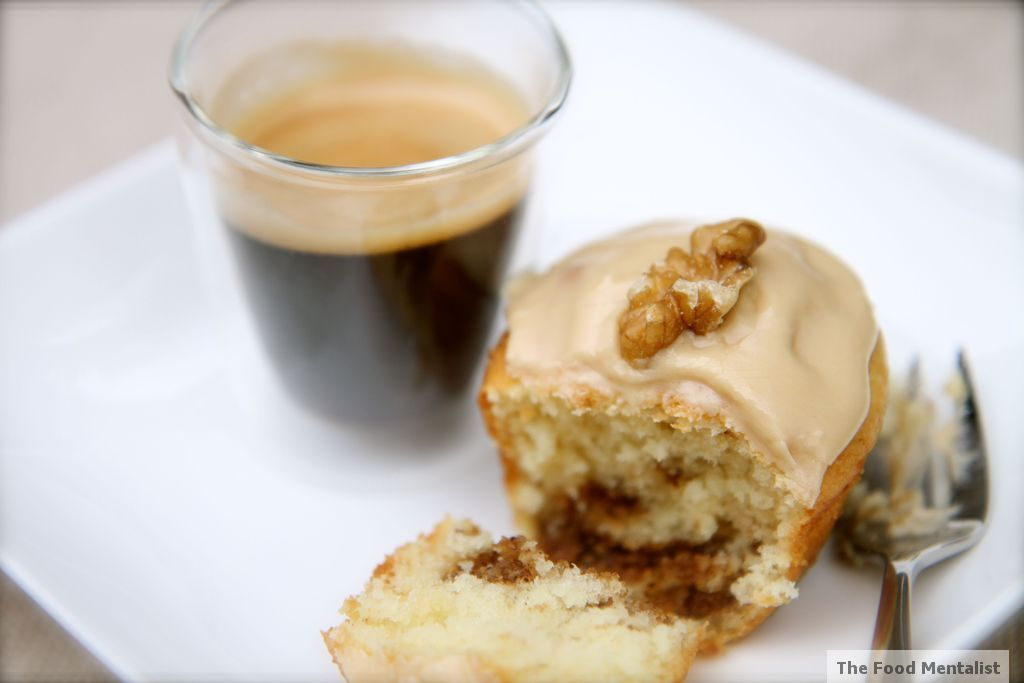 Cinnamon Walnut Sour Cream Coffee Cake