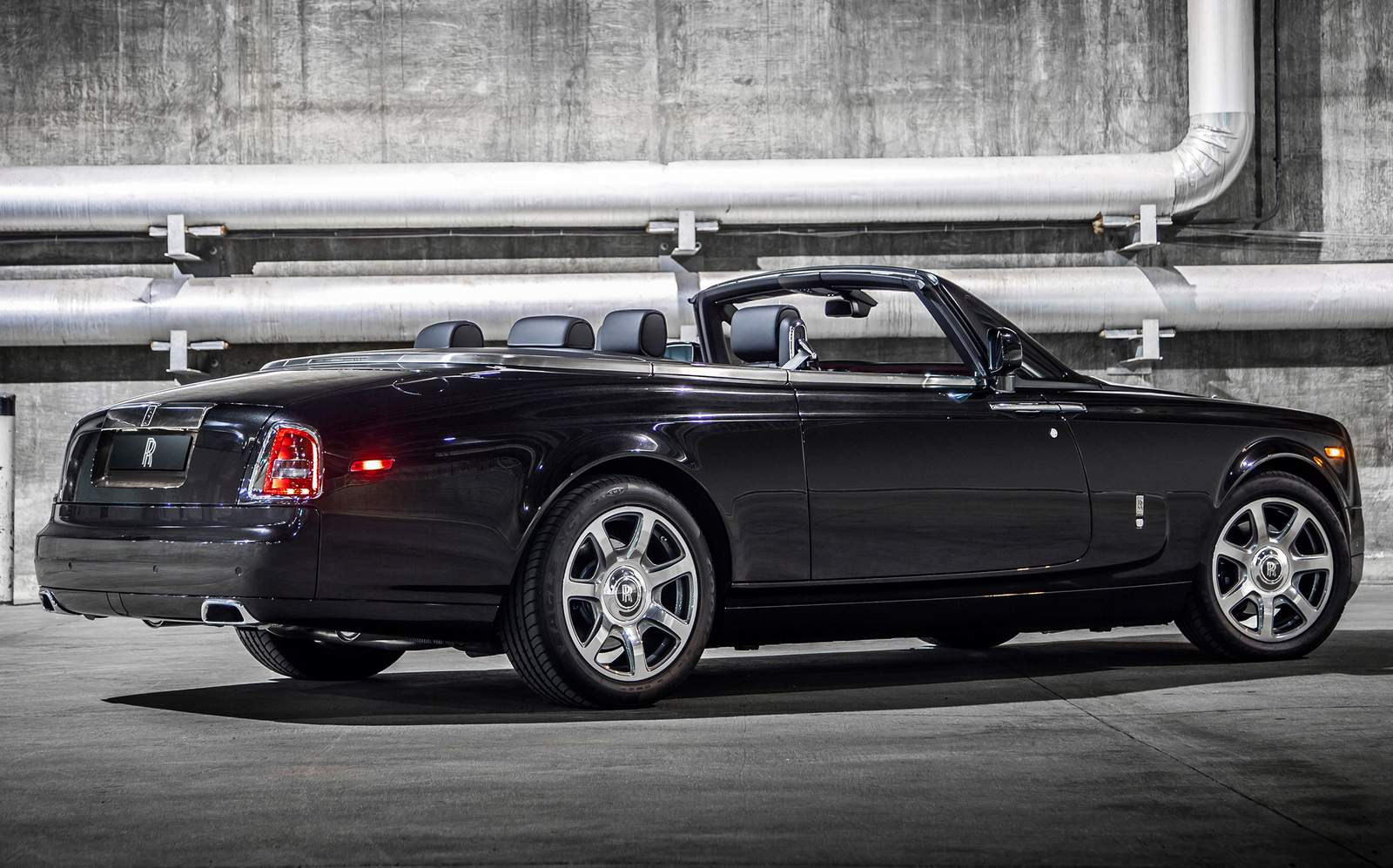 Rolls Royce Phantom Nighthawk