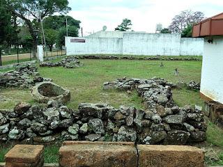 Ruínas da redução de Yapeyú, no Museo de La Cultura Jesuítica.