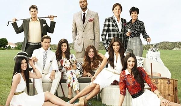 Keeping Up with the Kardashians Season 7: More Kardashian-Style Loving and Drama