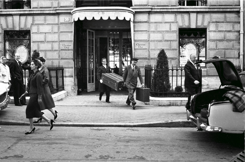 Christian Dior leaving for vacation in August 1957, last official portrait before his death three months later / via fashioned by love british fashion blog