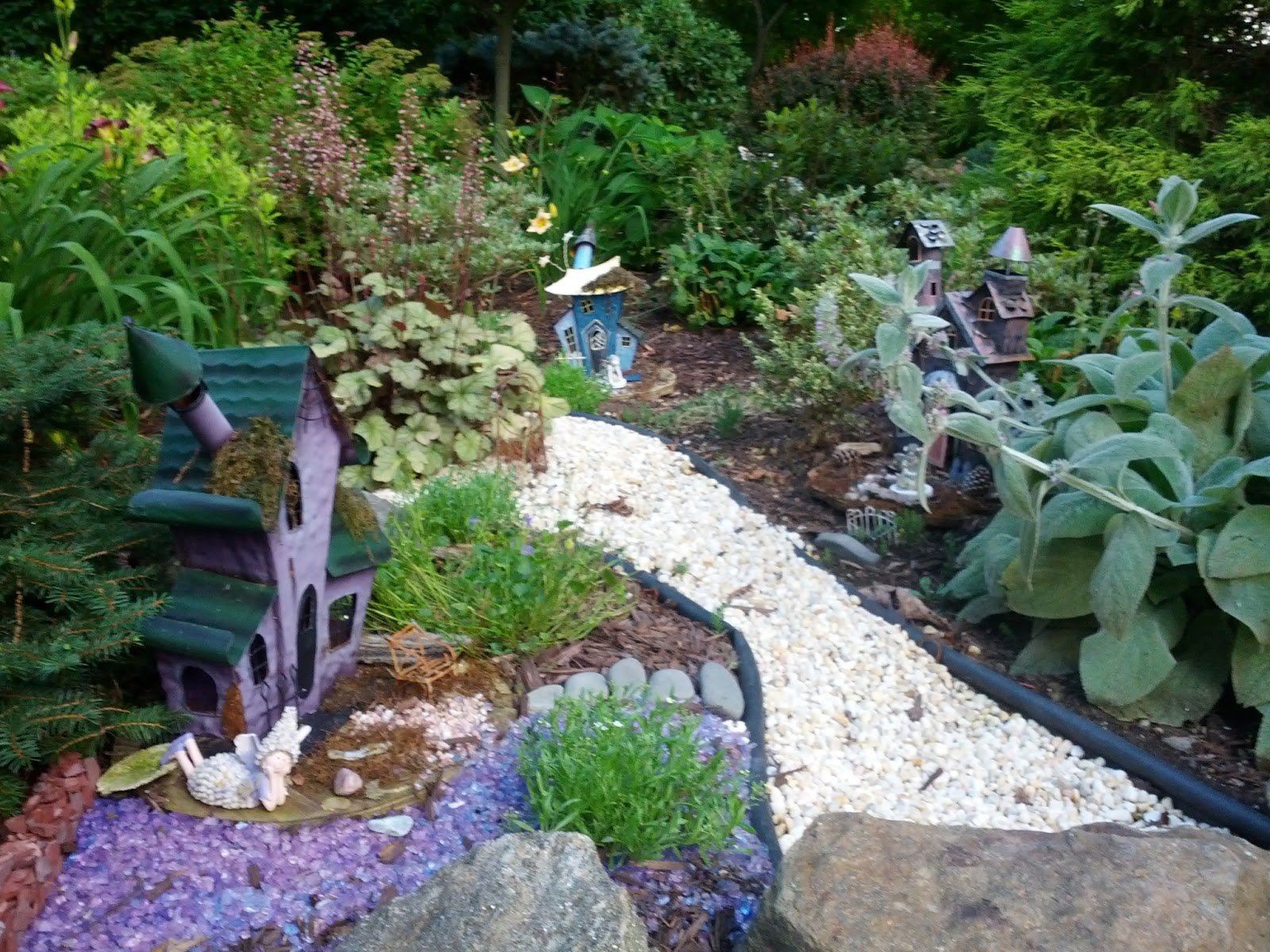 east hampton ct belltown garden club fairy garden tour in colchester