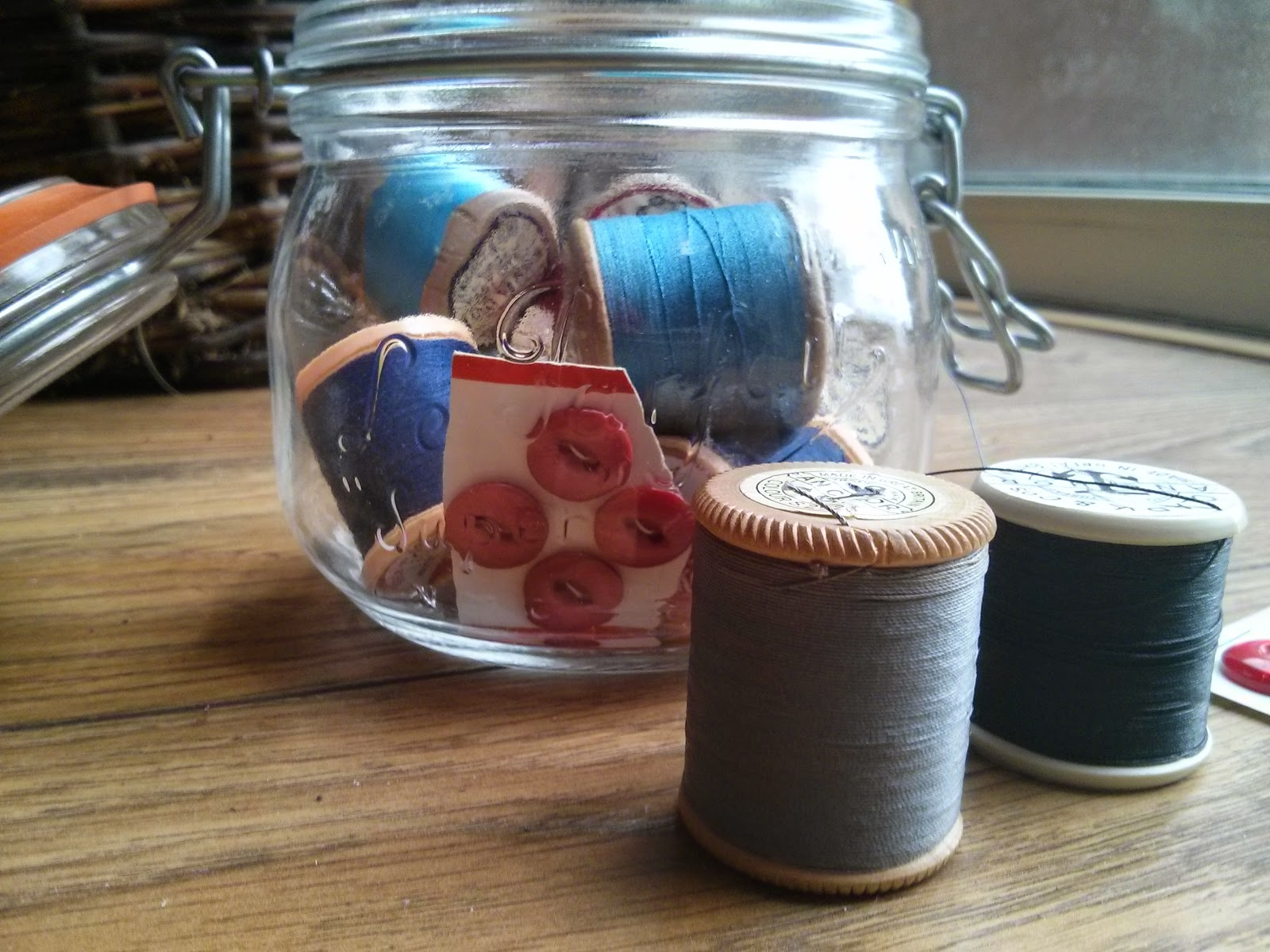 vintage threads, kilner jar