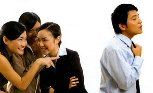 Nói xấu người khác: Những hậu quả và cách chuyển hóa