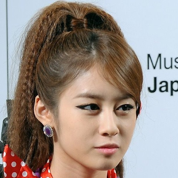 PICTURE PARK JIYEON HAIRSTYLE