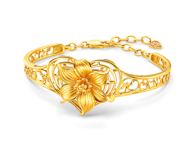 Eternal blossom bangle