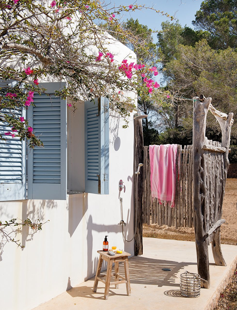 maison,déco,formentera,espagne,ile,island,beach house,osier,rotin,outdoor,terrasse