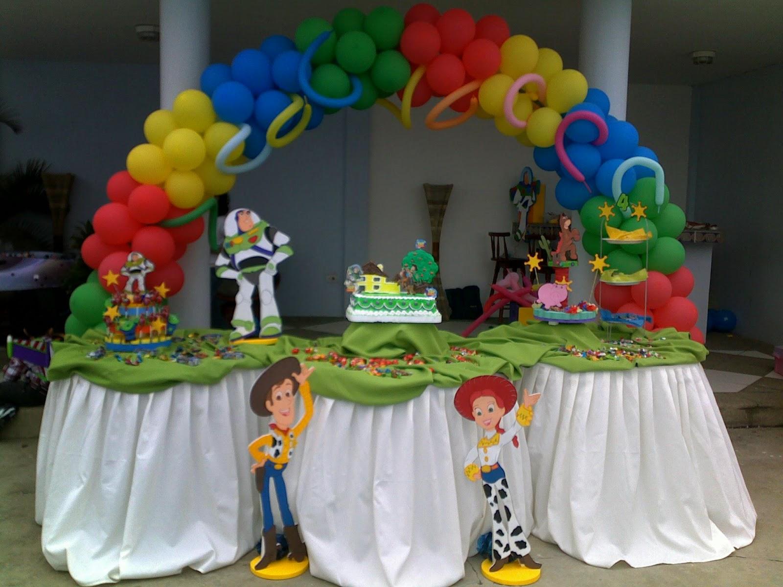 Todo para tus fiestas ideas toy story - Guirnaldas para fiestas infantiles ...