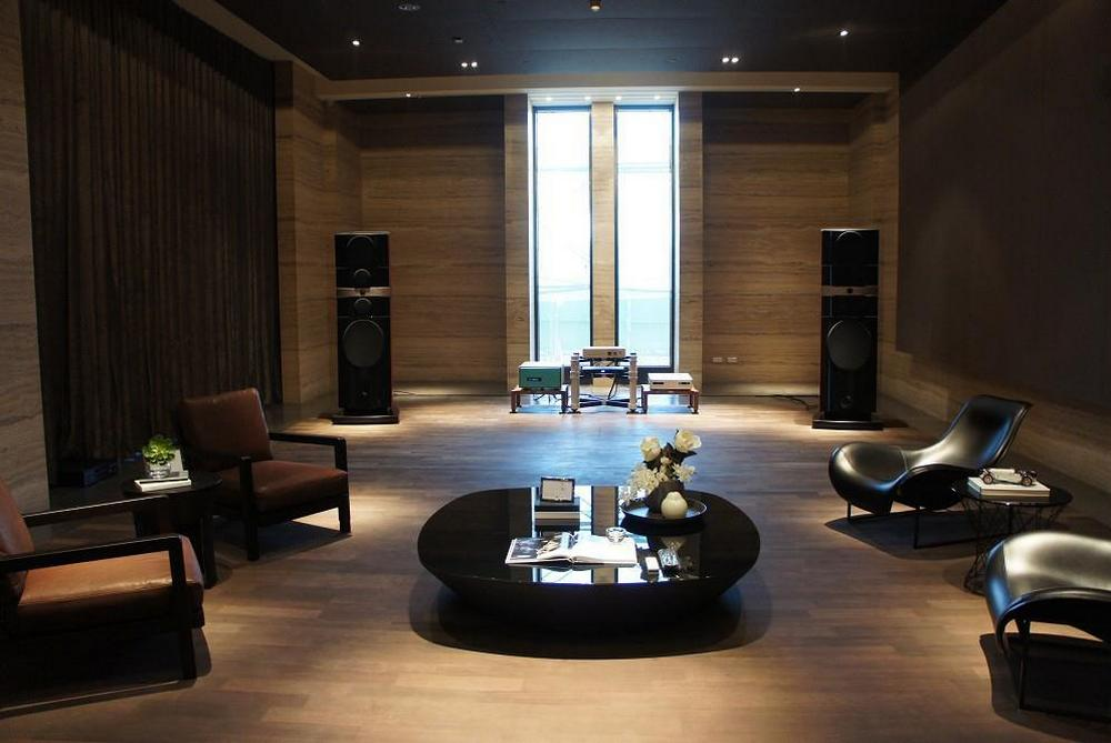 wizard high end audio blog setup focal grande utopia em with fm acoustics and bladelius. Black Bedroom Furniture Sets. Home Design Ideas