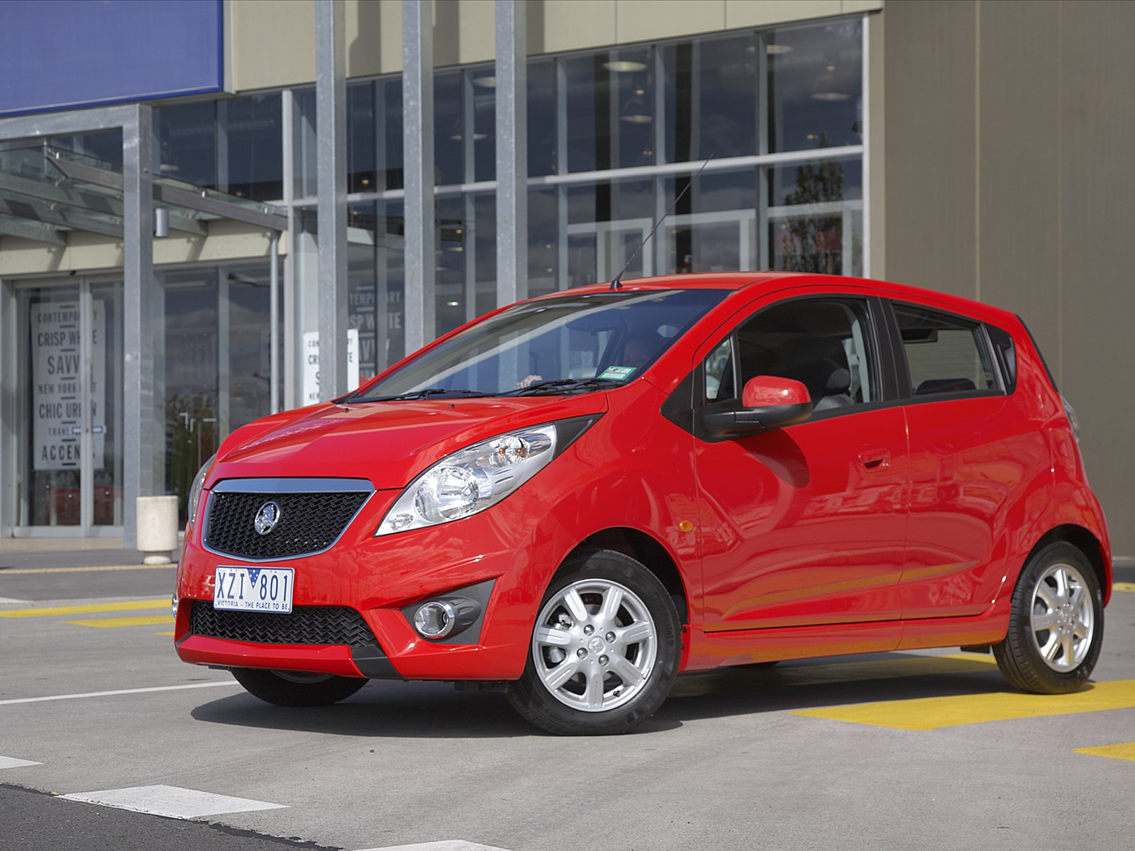 Car Pictures Holden Barina Spark 2011