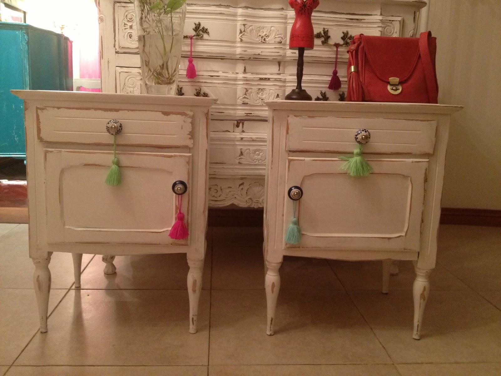 Vintouch muebles reciclados pintados a mano mesas de for Muebles restaurados vintage