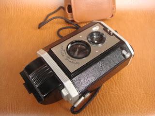 Vài em máy ảnh cổ độc cho anh em sưu tầm Yashica,Polaroid,AGFA,Canon đủ thể loại!!! - 4